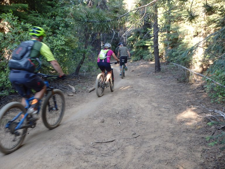 Mountain biking Wynoga Trail in Bend, Oregon