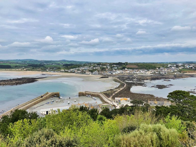 The town of Marazion and how close you are to the Causeway