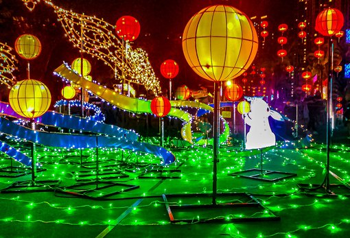 Festivals in Hong Kong: Mid-autumn Lantern Displays