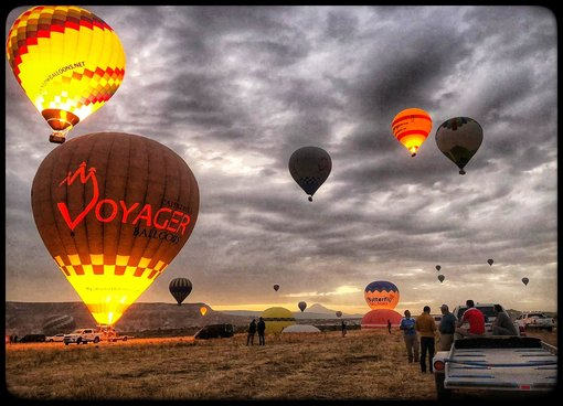 Once in A Lifetime Flying Adventure! - Voyager Balloons