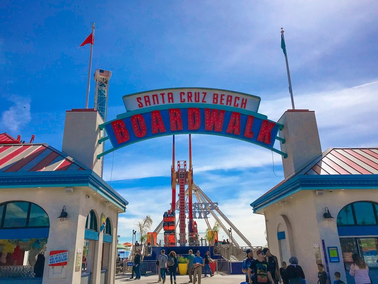 Santa Cruz Beach Boardwalk entrance