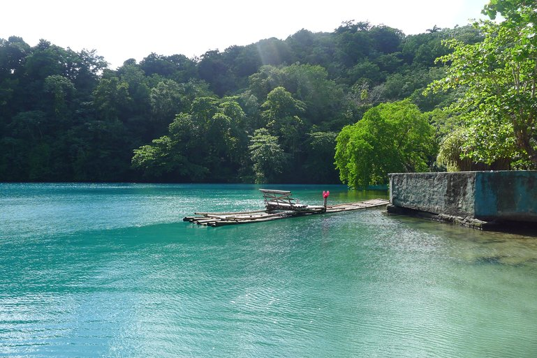 Blue Lagoon (picture by keatssycamore, CC BY-SA 2.0)