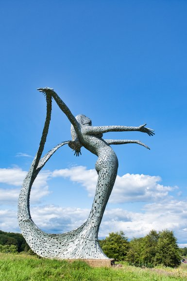 Arria up close and yes she does have four arms