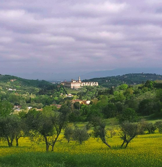 It's an easy day hike to get to the 14th century monastery of Certosa del Galluzzo from Florence