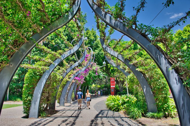 The Bougainvillea Walkway winds its way through the Parklands taking you from one end to the other