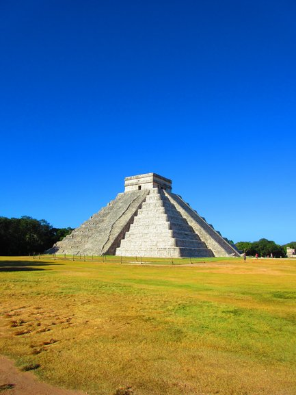 Pyramid of Chichen Itza