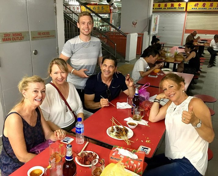 Singapore Hawker Centre Street Food Sampling Guests at Chinatown