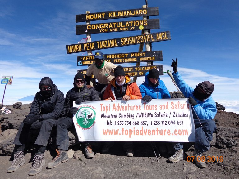 Kilimanjaro Hiking Machame Route Successfully summit