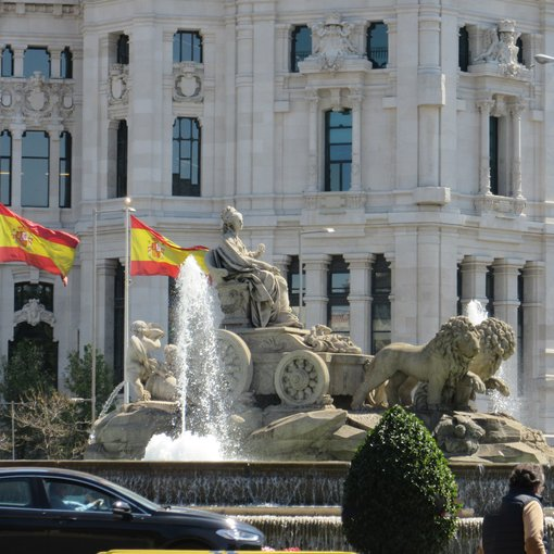 Beauty and History at the Seat of Government - Madrid