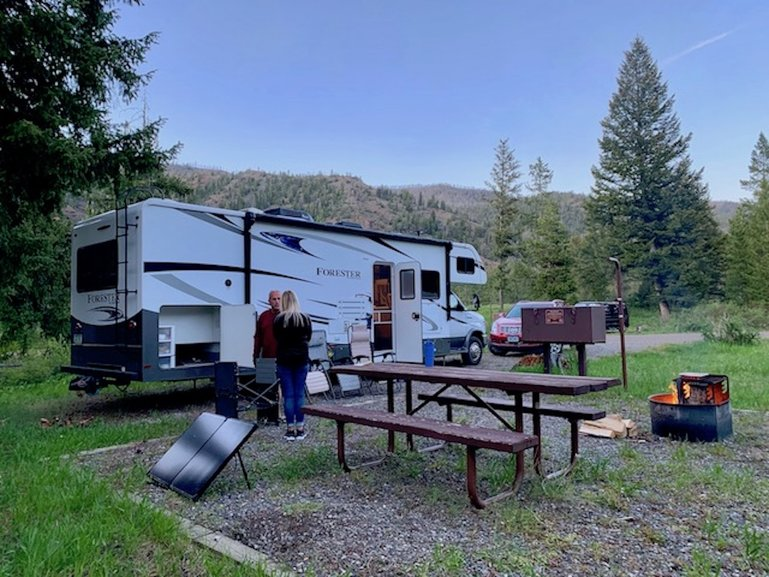 RV camping in Wyoming's public lands