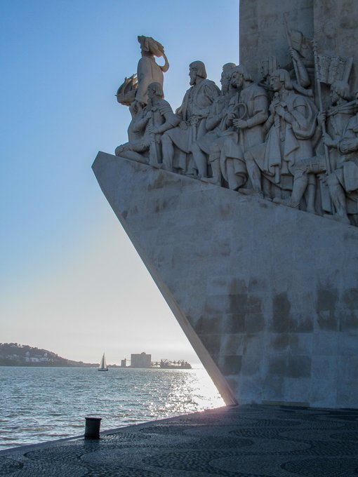 7 Easy & Beautiful Day Trips From Lisbon