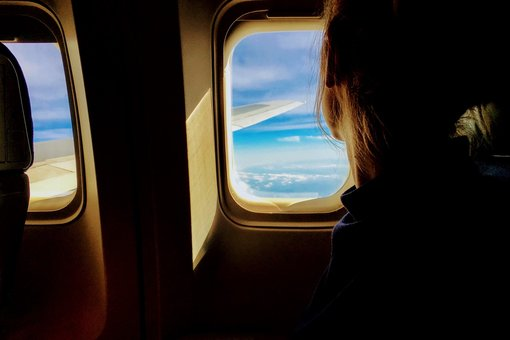 How to Relax and Rejuvenate on a Flight