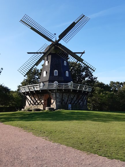 Yep, typical old windmill