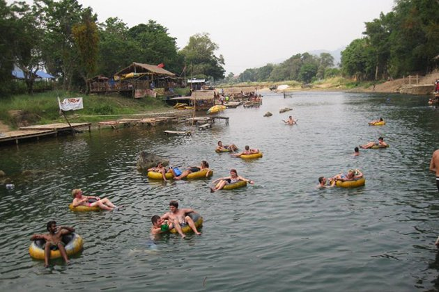 Tubing in Vang Vieng with bars stops on the Nam Som river