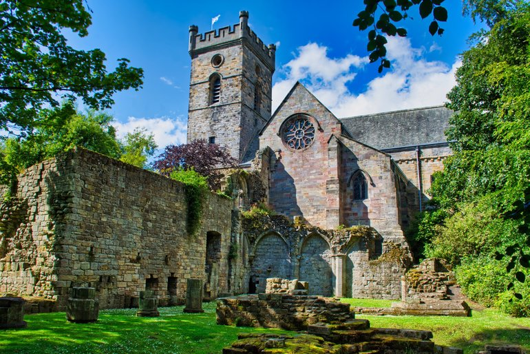 The ruins of Culross Abbey sit peacefully on top of the hill