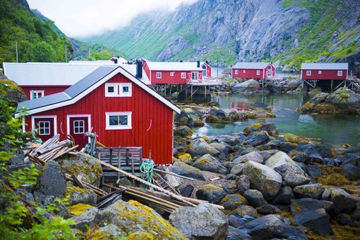 Rorbu- The Cozy Fishing Cabins of Norway