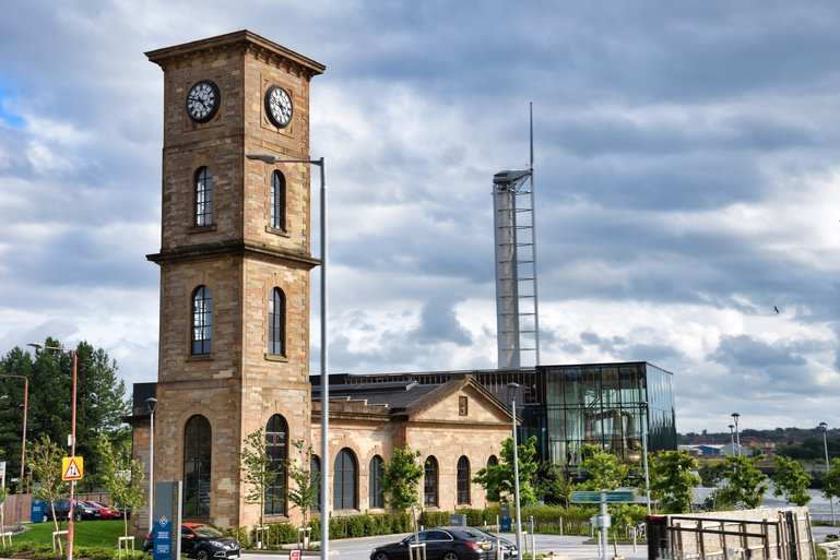 The Clydeside Distillery with the Glasgow Tower behind