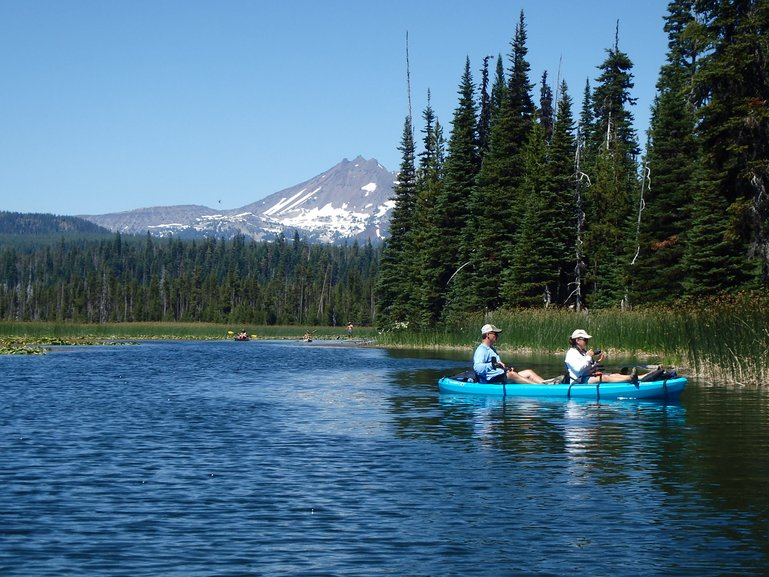 Hosmer Lake kayak with views of Mt. Bachelor