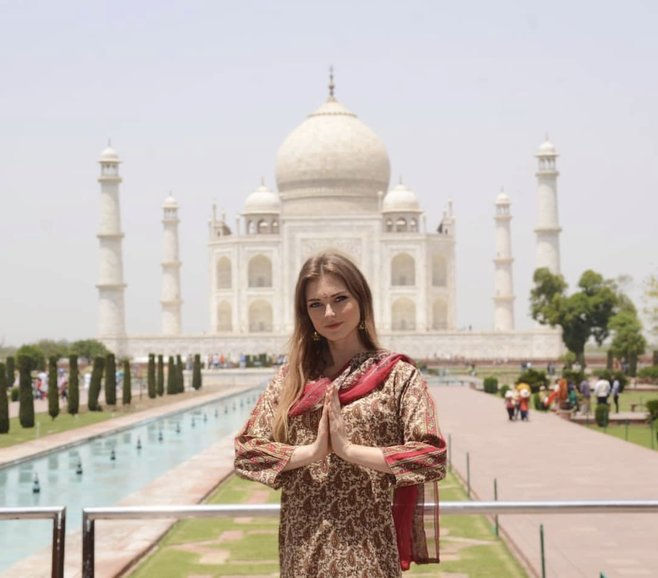 Namaskar in India means welcome for a day trip to Taj Mahal from