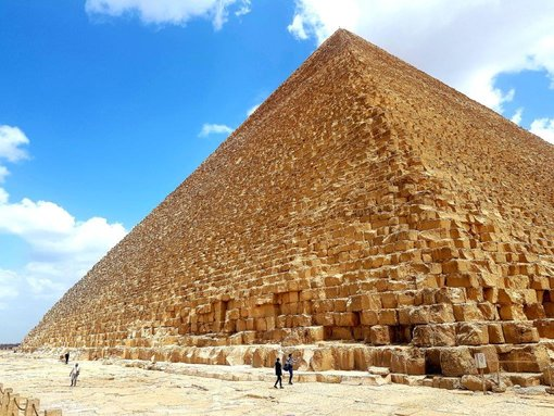 Inside the Great Pyramid at Giza – Is It Worth Going In?