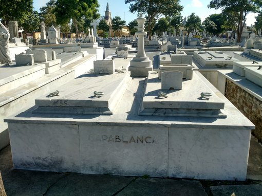 Visiting Capablanca's Tomb at Colon Cemetery